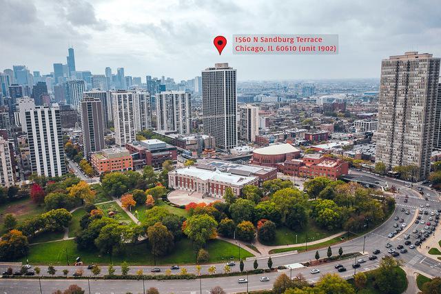 1560 N Sandburg Terrace 1902J, Chicago, IL 60610 (MLS #10125952) :: Ani Real Estate