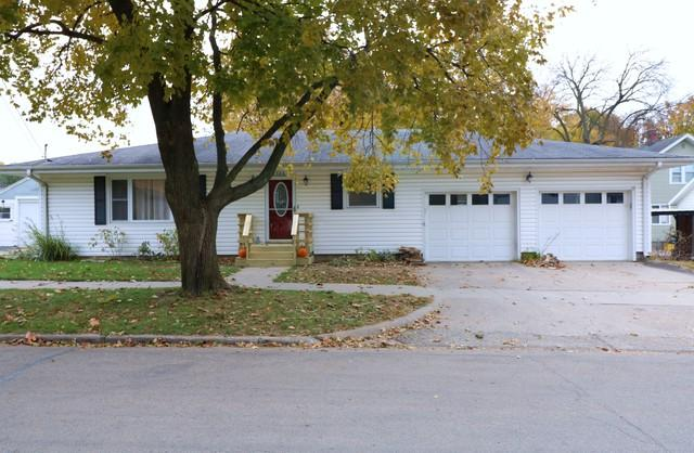 506 S Orange Street, Morrison, IL 61270 (MLS #10126230) :: Ani Real Estate