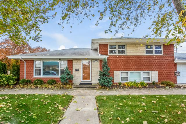 9000 W 22nd Place, North Riverside, IL 60546 (MLS #10126256) :: Domain Realty