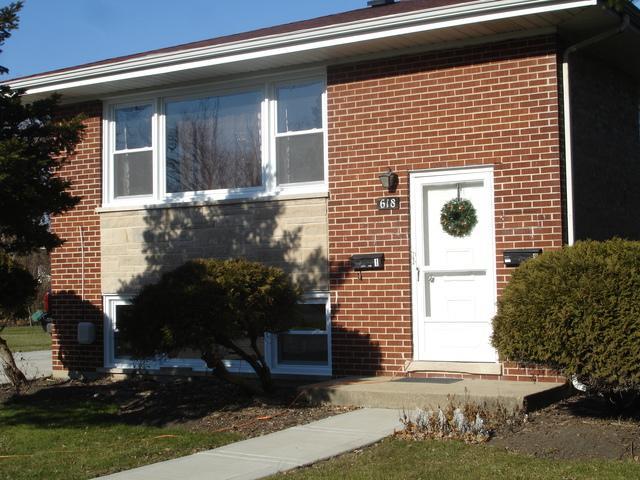 618 N Lullo Drive, Addison, IL 60101 (MLS #10126313) :: Baz Realty Network | Keller Williams Preferred Realty