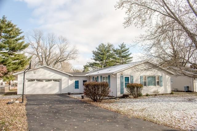 504 N 5th Street, ST. JOSEPH, IL 61873 (MLS #10126818) :: Ryan Dallas Real Estate