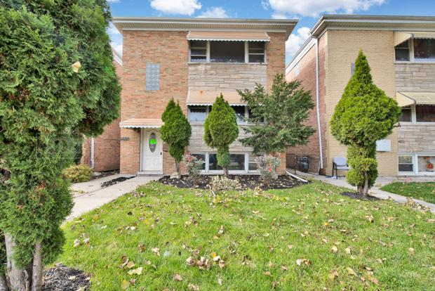 1638 N 40th Avenue, Stone Park, IL 60165 (MLS #10126823) :: Domain Realty