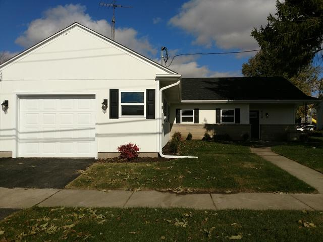 410 W Washington Street, Somonauk, IL 60552 (MLS #10126924) :: Leigh Marcus | @properties