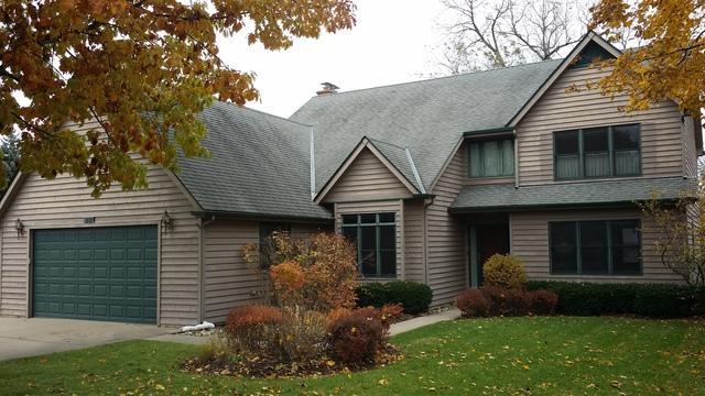 40 Center Avenue, Wheeling, IL 60090 (MLS #10128454) :: Ani Real Estate