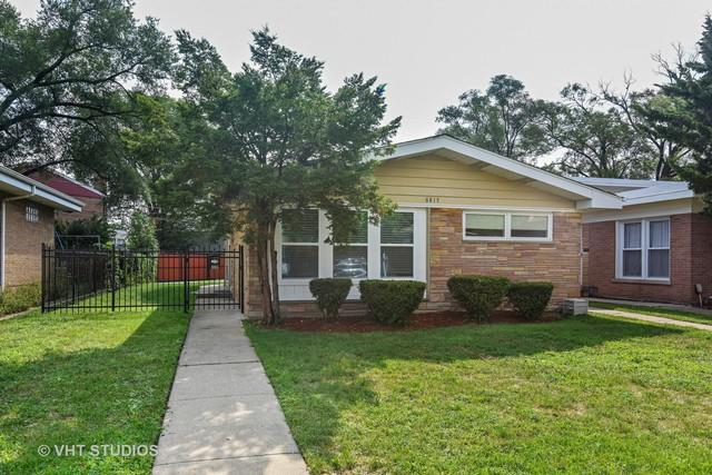 6815 N Kedvale Avenue, Lincolnwood, IL 60712 (MLS #10128672) :: Domain Realty