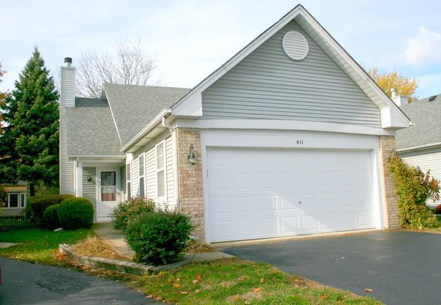 411 Prairieview Drive, Oswego, IL 60543 (MLS #10128689) :: John Lyons Real Estate