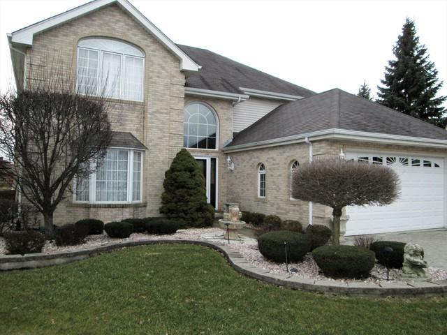 9723 S Kingsbury Court, Palos Hills, IL 60465 (MLS #10129347) :: Leigh Marcus | @properties