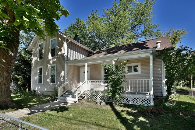 639 Main Street, West Chicago, IL 60185 (MLS #10130168) :: Leigh Marcus   @properties