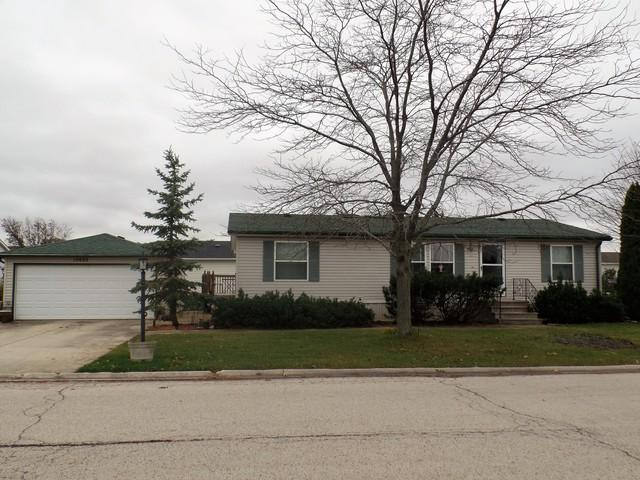 10655 W Silver Lake Drive, Frankfort, IL 60423 (MLS #10130863) :: Baz Realty Network | Keller Williams Preferred Realty