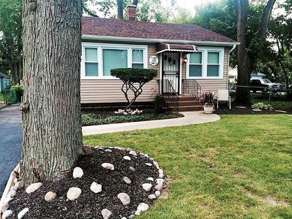 39 N State Street, Glenwood, IL 60425 (MLS #10130927) :: Domain Realty
