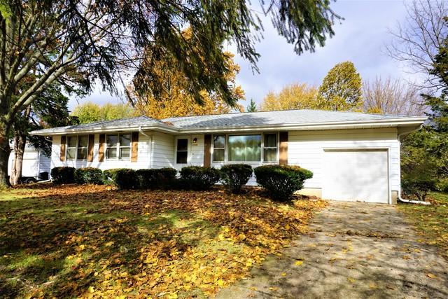 2308 E University Avenue, Urbana, IL 61802 (MLS #10131060) :: Domain Realty