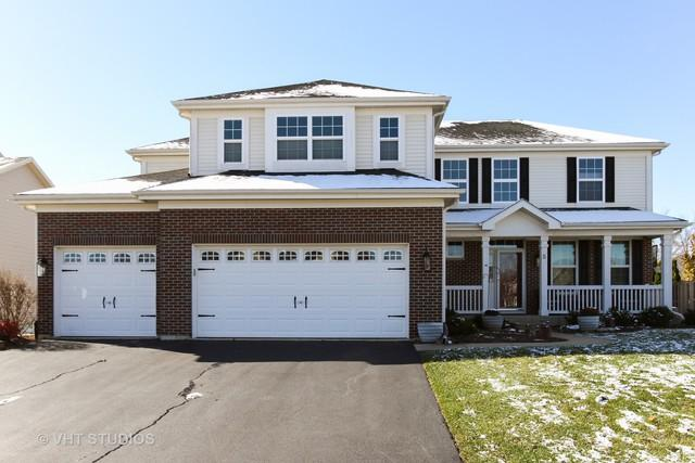 5 Featherstone Court, Lake In The Hills, IL 60156 (MLS #10131124) :: Lewke Partners