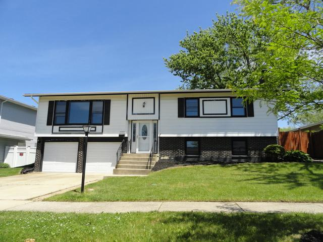 15325 Las Robles Street, Oak Forest, IL 60452 (MLS #10131264) :: Ani Real Estate