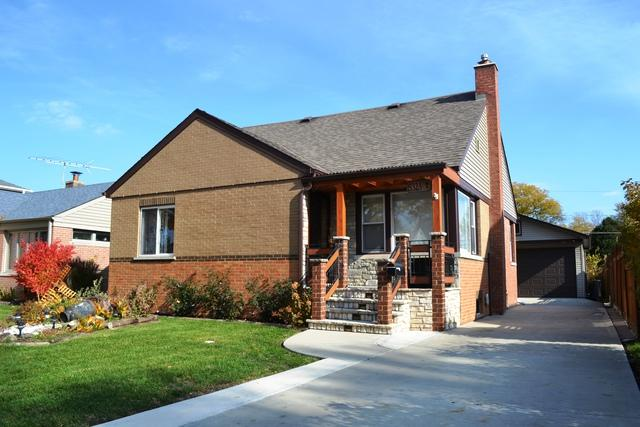 8323 N Oriole Avenue, Niles, IL 60714 (MLS #10131403) :: The Dena Furlow Team - Keller Williams Realty