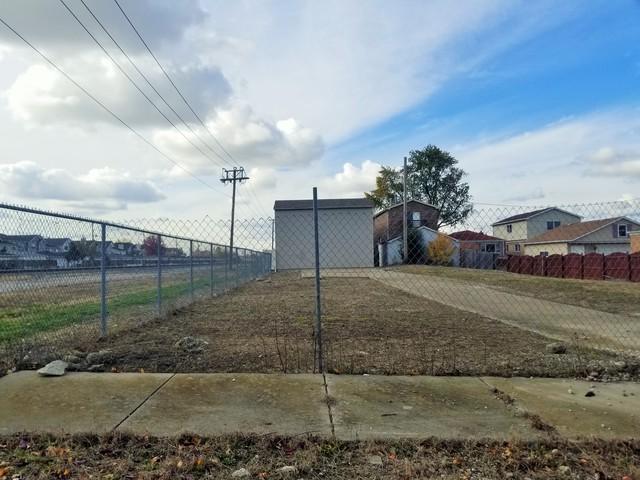 5930 S Meade Avenue, Chicago, IL 60638 (MLS #10131423) :: Ani Real Estate