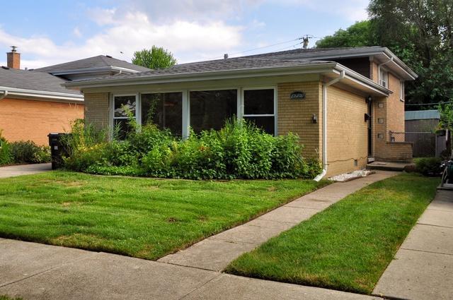 3711 Greenwood Street, Skokie, IL 60076 (MLS #10131690) :: The Mattz Mega Group