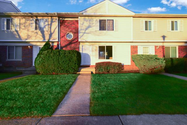 413 Gainsborough Court, Bolingbrook, IL 60440 (MLS #10131731) :: The Dena Furlow Team - Keller Williams Realty