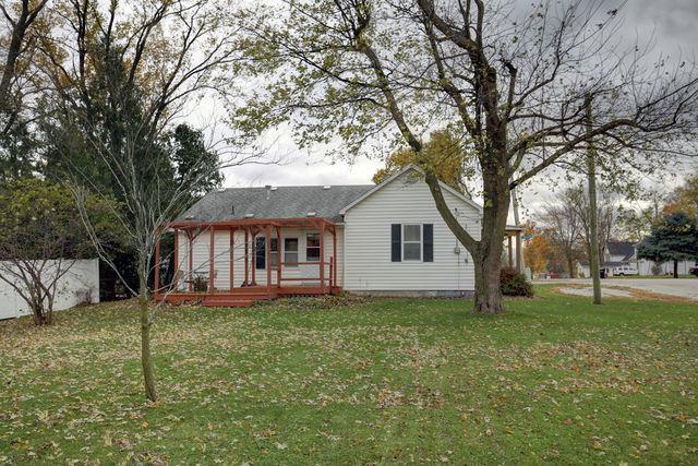 201 E Willard Street, GIFFORD, IL 61847 (MLS #10132093) :: Ani Real Estate