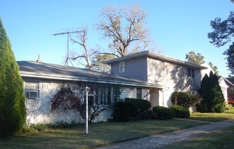 15029 Lincoln Avenue, Harvey, IL 60426 (MLS #10132235) :: Domain Realty