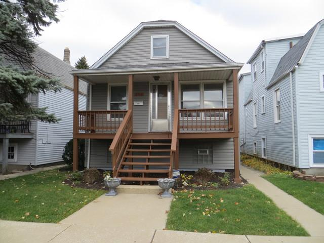 3916 W 63rd Place, Chicago, IL 60629 (MLS #10132522) :: Ani Real Estate