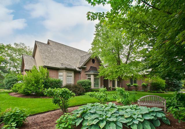 421 Farrington Drive, Lincolnshire, IL 60069 (MLS #10132837) :: Helen Oliveri Real Estate