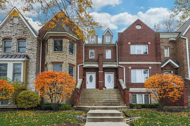 115 W Quincy Street, Westmont, IL 60559 (MLS #10132983) :: Leigh Marcus | @properties