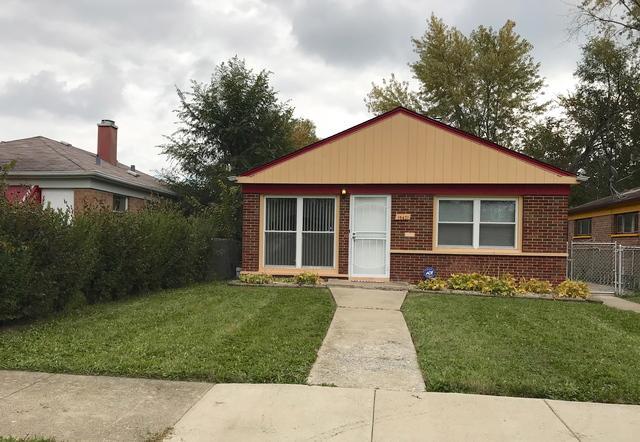 15421 Winchester Avenue, Harvey, IL 60426 (MLS #10133344) :: Domain Realty