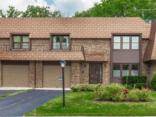 3932 Dundee Road, Northbrook, IL 60062 (MLS #10133667) :: Leigh Marcus | @properties
