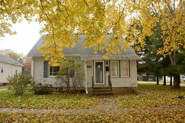 523 10th Avenue, Rochelle, IL 61068 (MLS #10133912) :: Fidelity Real Estate Group