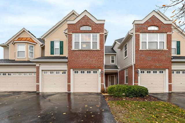 302 Pine Lake Circle, Vernon Hills, IL 60061 (MLS #10134377) :: Helen Oliveri Real Estate