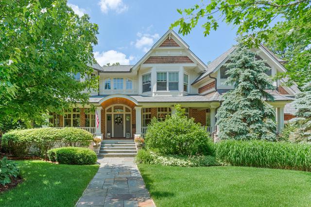 682 Hillside Avenue, Glen Ellyn, IL 60137 (MLS #10134389) :: Leigh Marcus | @properties