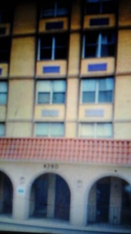 4280 W Ford City Drive #404, Chicago, IL 60652 (MLS #10134405) :: Ani Real Estate