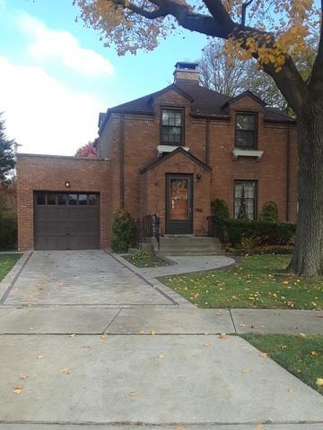 596 Selborne Road, Riverside, IL 60546 (MLS #10134538) :: Ani Real Estate