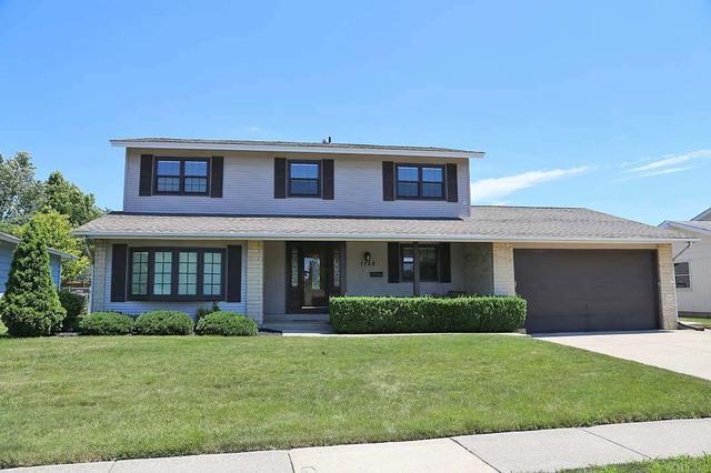 1233 Somerset Lane, Elk Grove Village, IL 60007 (MLS #10134545) :: Ani Real Estate