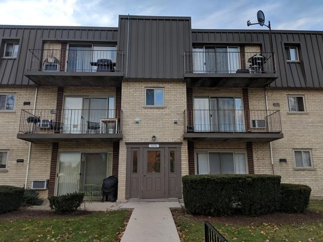 575 Fairway View Drive 2G, Wheeling, IL 60090 (MLS #10134690) :: Helen Oliveri Real Estate