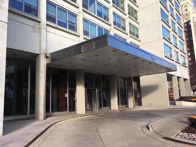1700 E 56th Street #1906, Chicago, IL 60637 (MLS #10134745) :: The Dena Furlow Team - Keller Williams Realty