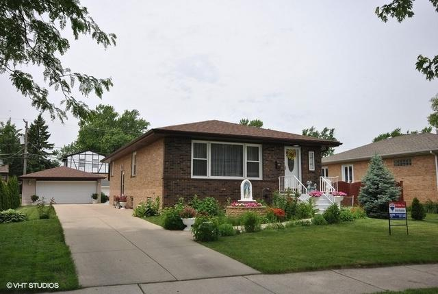 8120 N Oketo Avenue, Niles, IL 60714 (MLS #10134822) :: Helen Oliveri Real Estate