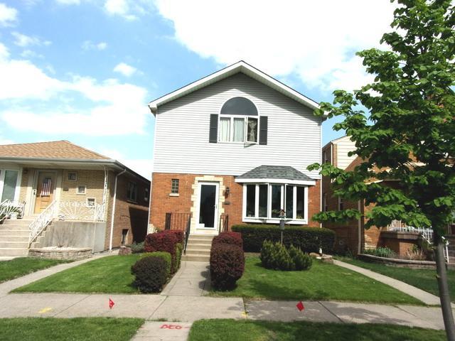 5429 S Newcastle Avenue, Chicago, IL 60638 (MLS #10134871) :: Ani Real Estate