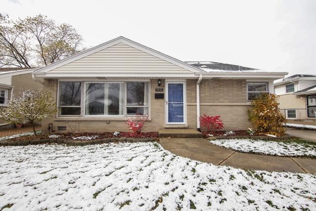 8846 N Merrill Street, Niles, IL 60714 (MLS #10134889) :: Leigh Marcus | @properties