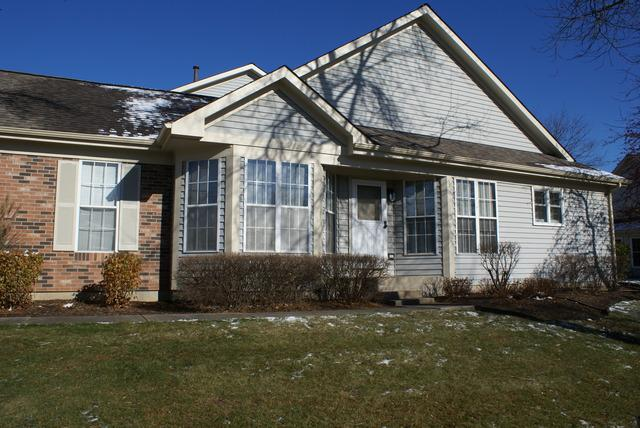 1335 Ridgefield Circle, Carol Stream, IL 60188 (MLS #10135052) :: Domain Realty