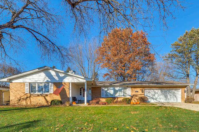 212 E Lilac Street, Elburn, IL 60119 (MLS #10135076) :: Leigh Marcus | @properties
