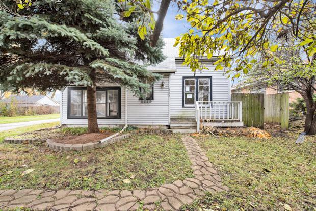 311 W North Avenue, Lombard, IL 60148 (MLS #10135173) :: Ani Real Estate