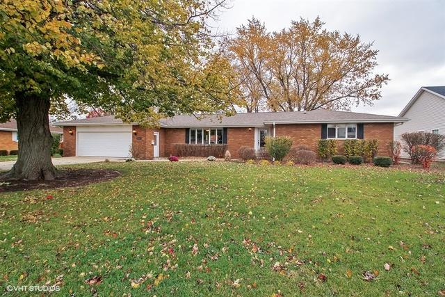 202 S Poplar Street, Manteno, IL 60950 (MLS #10135274) :: Ani Real Estate