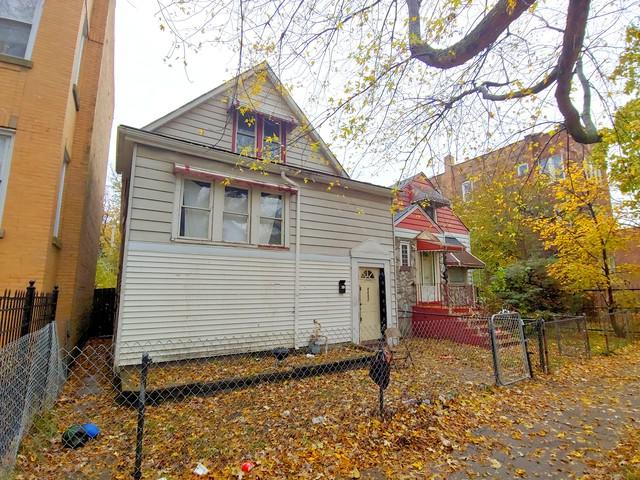 8008 S Manistee Avenue, Chicago, IL 60617 (MLS #10135478) :: Domain Realty
