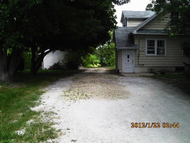 8S057 S Vine Street, Burr Ridge, IL 60527 (MLS #10135499) :: The Spaniak Team