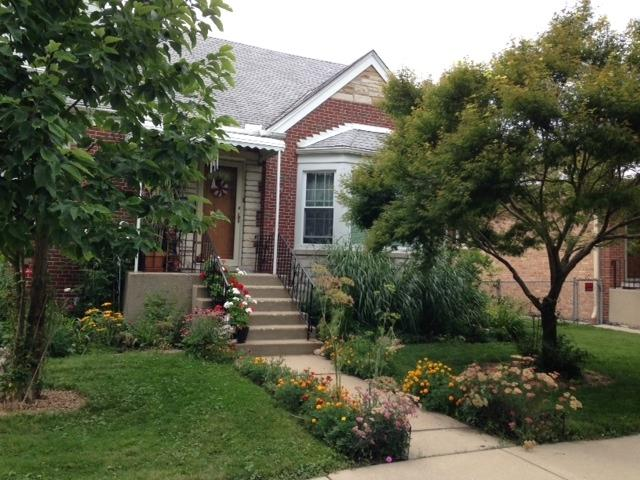 6354 N Melvina Avenue, Chicago, IL 60646 (MLS #10135516) :: Domain Realty