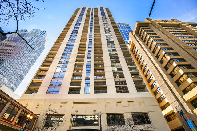 200 N Dearborn Street #905, Chicago, IL 60601 (MLS #10135599) :: Leigh Marcus | @properties