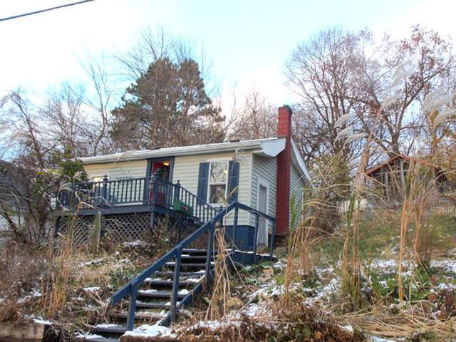 218 Walnut Street, Savanna, IL 61074 (MLS #10135774) :: Domain Realty