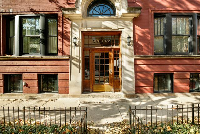 3170 N Pine Grove Avenue #2, Chicago, IL 60657 (MLS #10135796) :: Leigh Marcus | @properties