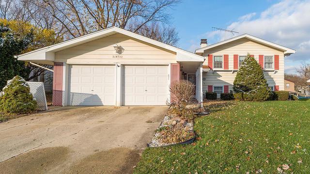 21W722 Glen Valley Drive, Glen Ellyn, IL 60137 (MLS #10135936) :: Leigh Marcus | @properties